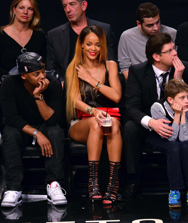 Rihanna'nın giydiği skinny jean modeli
