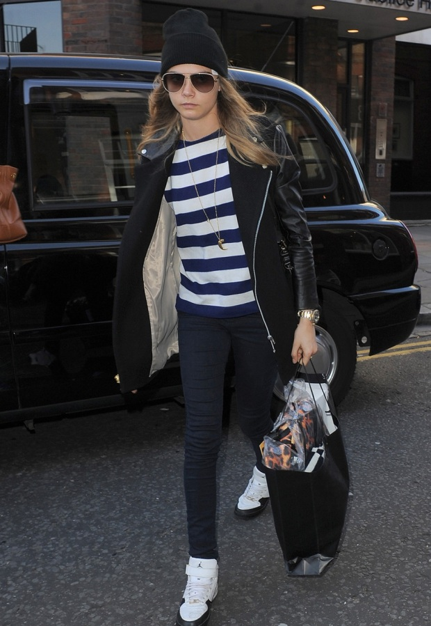 cara-delevingne-may1-2013-beanie-100-percent-zero-death-flag-striped-shirt-trainers