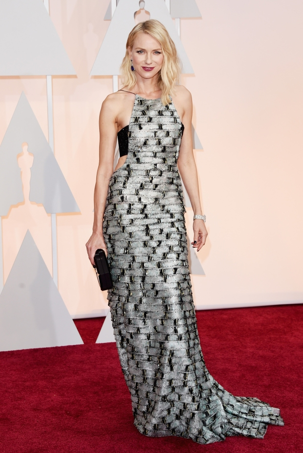 Naomi Watts, in Armani Privé, with Anna Hu Haute Joaillerie jewels and a Rauwolf clutch