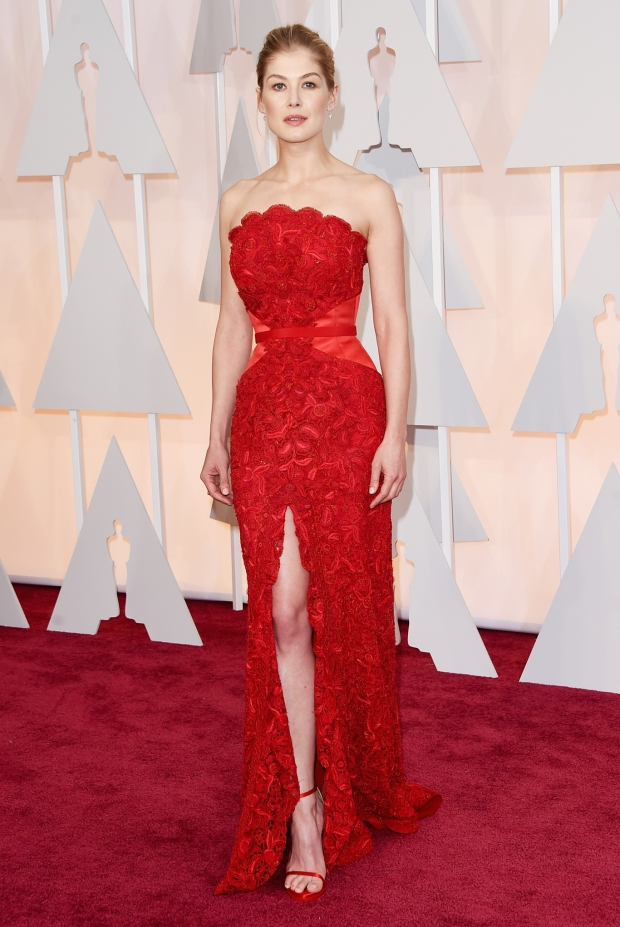 Rosamund Pike, in custom Givenchy Haute Couture, with Lorraine Schwartz jewels