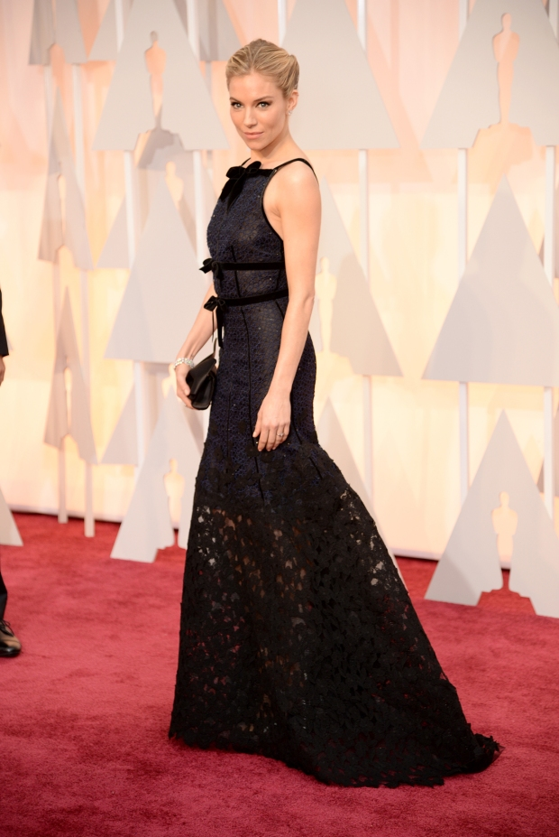 Sienna Miller, in Oscar de la Renta, with Forevermark jewels